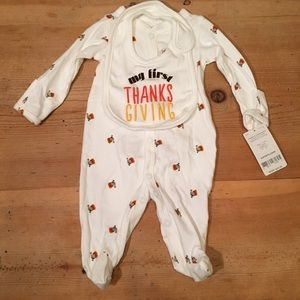 NEW baby's first Thanksgiving footie and bib